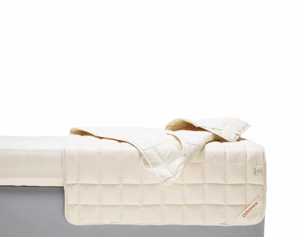 Allergikergeeignetes Unterbett Bianca aus 100% kbA Baumwolle.