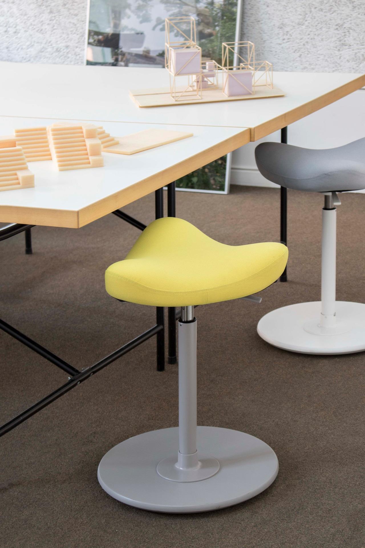 ergonomische b rost hle archive bensberg wohnen. Black Bedroom Furniture Sets. Home Design Ideas
