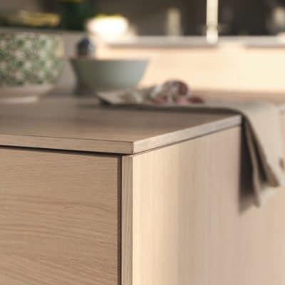 Filigno Küche Arbeitsplatte in Holz Eiche Weißöl.